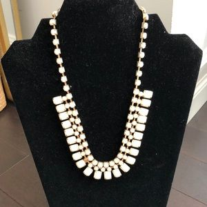 Jewelry - FREE W PURCHASE White Statement Necklace